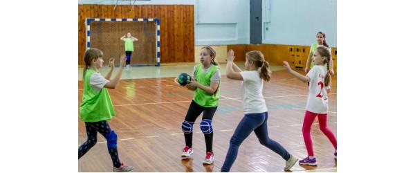 5 λόγοι για να ξεκινήσουν τα παιδιά σας το handball